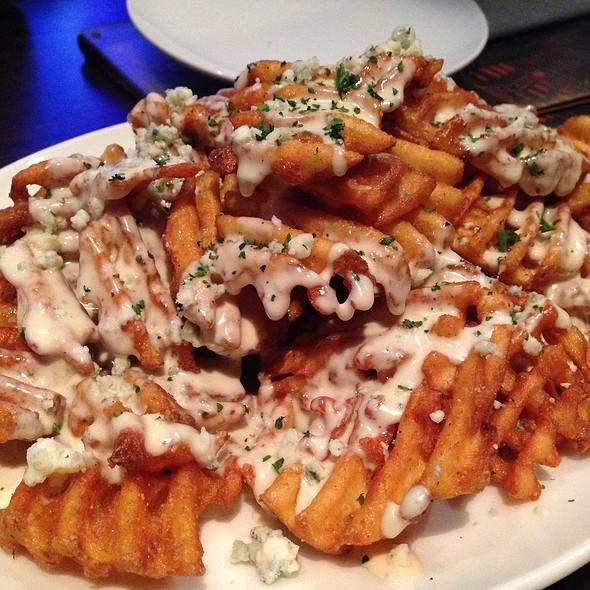 Gorgonzola Waffle Fries - Henry's Tavern - Plano, Plano, TX