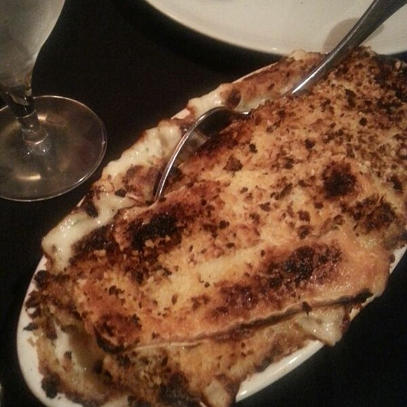 Crab Mac And Brie Cheese - Byrd and Baldwin Bros. Steakhouse, Norfolk, VA