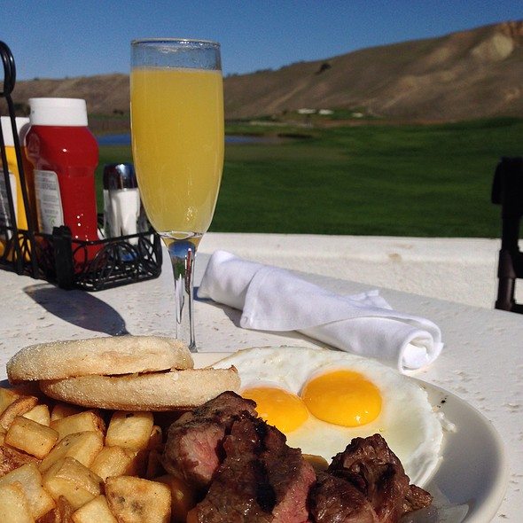 Flat Iron Steak And Eggs - Vineyard Table and Tasting Lounge, Livermore, CA