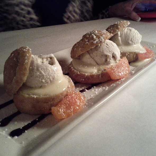 Lemon Profiteroles - Hall Street Grill, Beaverton, OR