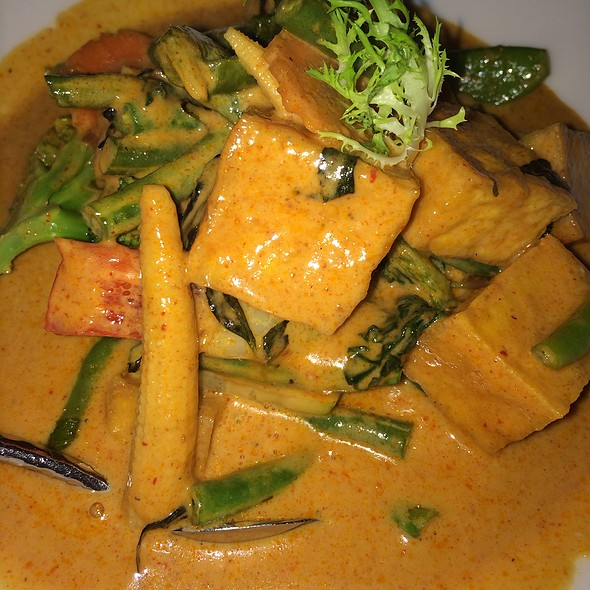 New Panang Curry With Tofu And Vegetables - COCO Asian Bistro + Bar, Fort Lauderdale, FL