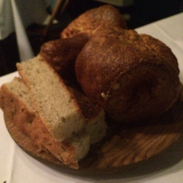 Bread And Popovers - Bond 45 - National Harbor, Oxon Hill, MD