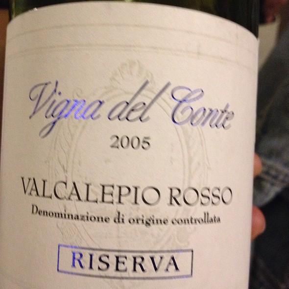 Vinga Del Conte Valcalepio Rosso Wine - Quintonil, México, CDMX