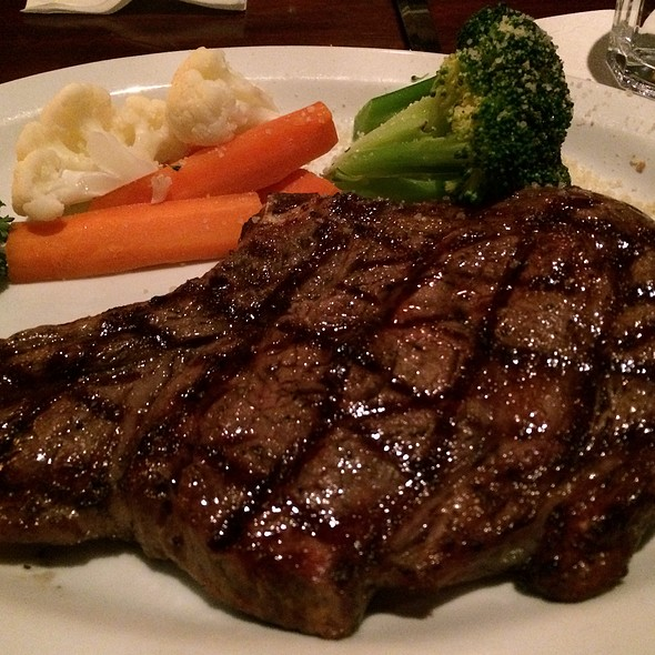 16Oz Bone In Ribeye Steak - Bâton Rouge Steakhouse & Bar - Front Street, Toronto, ON