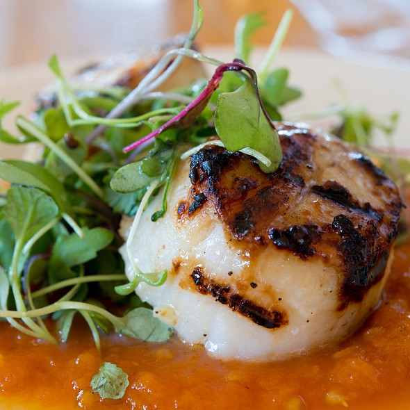 Scallop Bite - Robert's Maine Grill, Kittery, ME