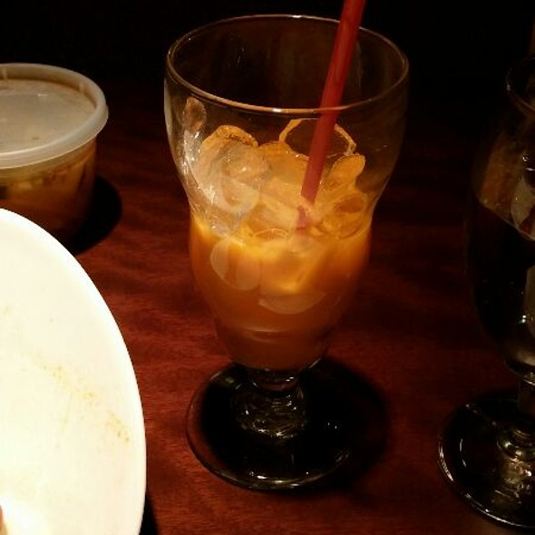 Thai Sweet Iced Tea - Saigon Landing, Greenwood Village, CO