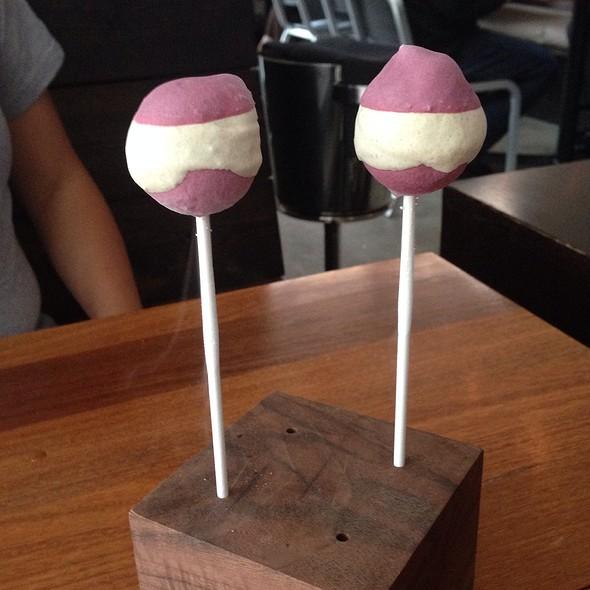Nitrogen Lollipop - Eiko's, Napa, CA