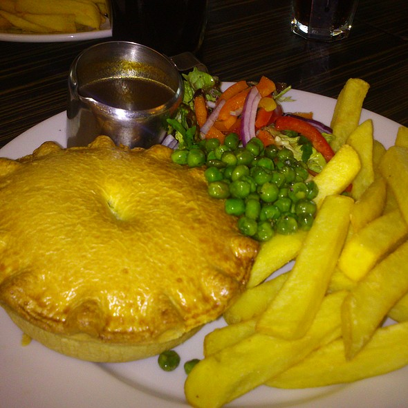 Steak and Ale Pie - North Pole Bar and Grill, London