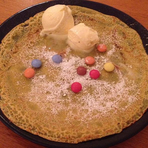 Kid's Smartie Pancake - My Old Dutch - Chelsea, London