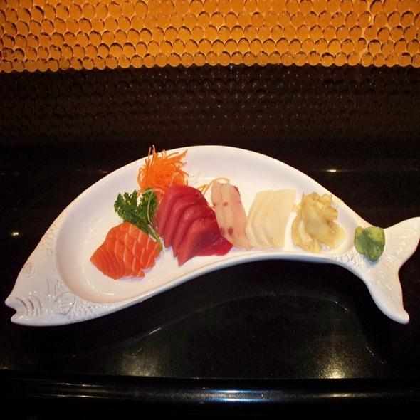 Sashimi Appertizer - Arisu Japanese Restaurant, Englishtown, NJ