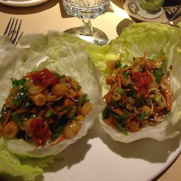 Tofu Lettuce Wraps - Pearl East, Manhasset, NY