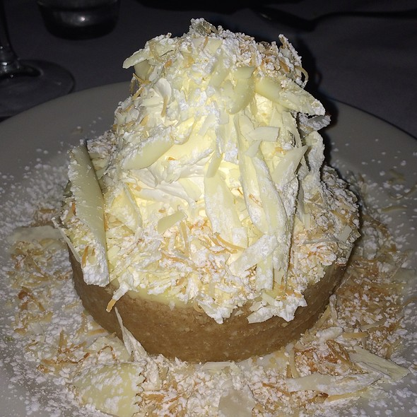White chocolate coconut cream pie - Sullivan's Steakhouse - Austin, Austin, TX