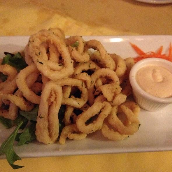 Calamares - La Bella Managua, Toronto, ON