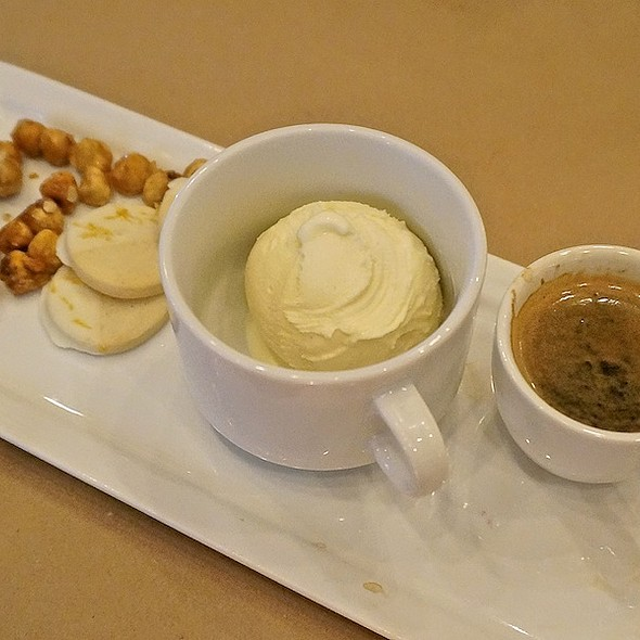 Affogato, freshly brewed espresso, vanilla bean gelato, sweet and salty hazelnuts, lemon and white chocolate shortbread - tesori, Chicago, IL