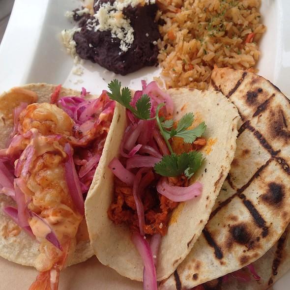 Trios De Tacos Combinados - La Fisheria, Houston, TX