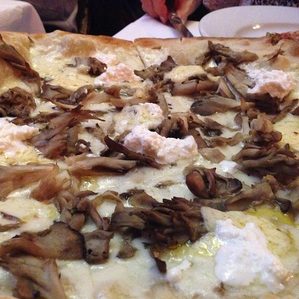 Mushroom Pizza - Trattoria Dell'Arte, New York, NY
