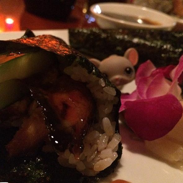 Eel Handroll - Kabuki, West Palm Beach, FL