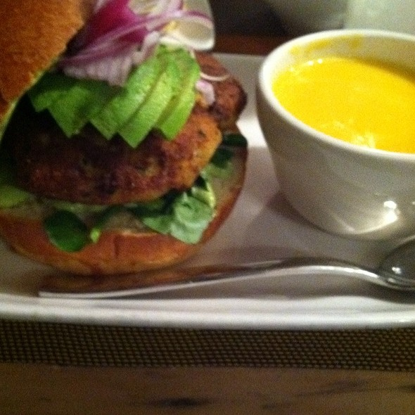 Crab Cake Sandwich And Butternut Squash Soup - Wine 30, New York, NY