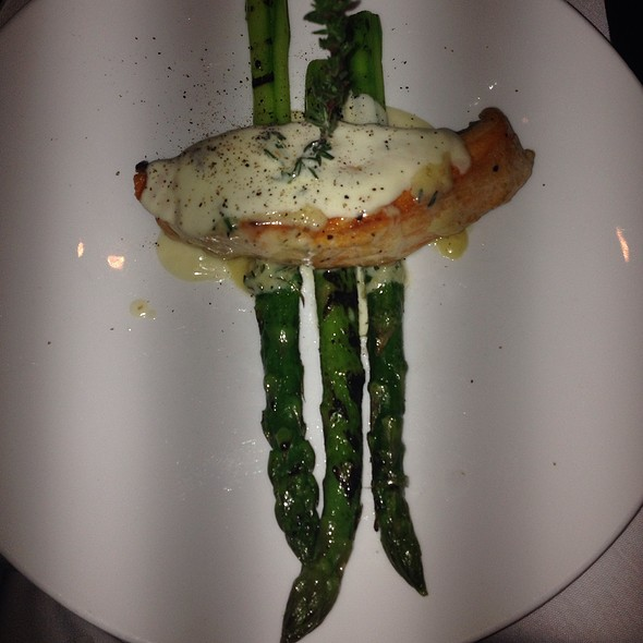 Filetto Di Salmone - Il Corso (New York City), New York, NY