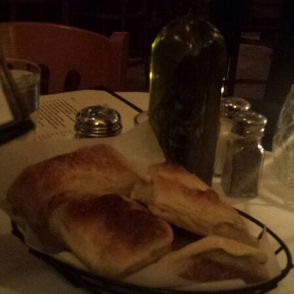 Free Bread - Posto 22, New Rochelle, NY