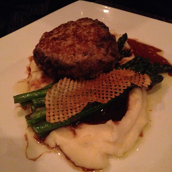 Filet Mignon - Six Seven Restaurant & Lounge, Seattle, WA