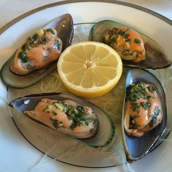 Green Mussels - Bodega Bistro, San Francisco, CA