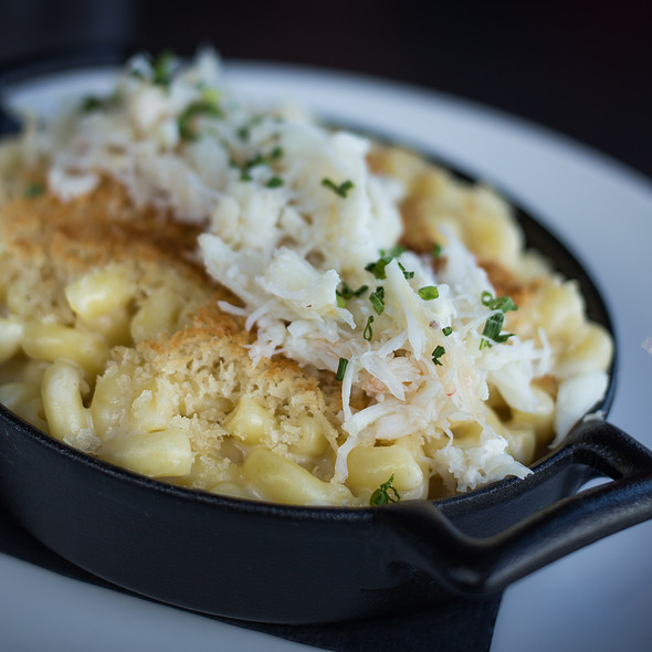 Ocean Wise Crab Mac & Cheese  - LIFT Bar Grill View, Vancouver, BC