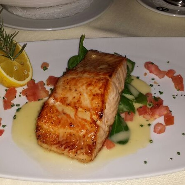 Salmon - Austin's Steakhouse - Texas Station Gambling Hall & Hotel, Las Vegas, NV