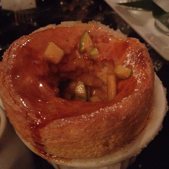 Apple Caramel Souffle - POP Champagne Bar & Restaurant, Pasadena, CA