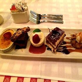 Dessert Sampler - Maggiano's - Bellevue, Bellevue, WA