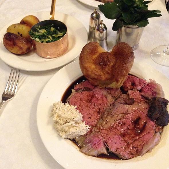 Roast Rib of Scottish Beef - Simpson's In The Strand, London
