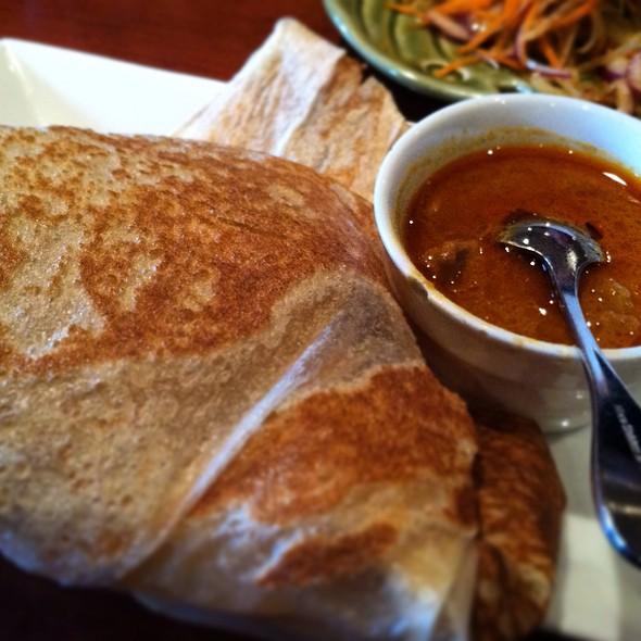 Roti Canai (Indian pancake), crispy style pancake & curry chicken with potato dipping sauce - Rasa Sayang, Wilmington, DE