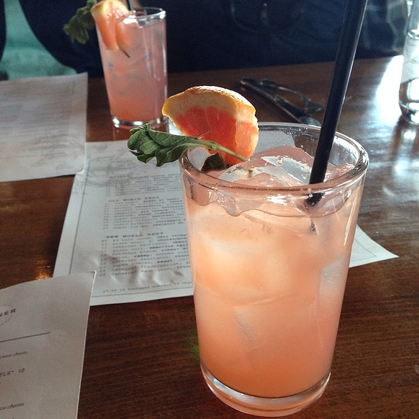 Grapefruit Sparkling Cocktail - North Italia – Denver, Denver, CO