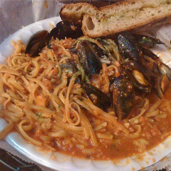 Mussels In Red Sauce - Talia's Table, Boca Raton, FL