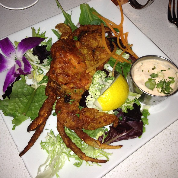 Soft Shell Crab With Sriracha Aioli - The Wine Exchange Bistro, Tampa, FL