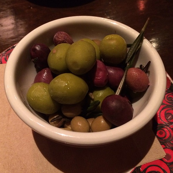 Spanish Olives - Café Ba-Ba-Reeba, Chicago, IL