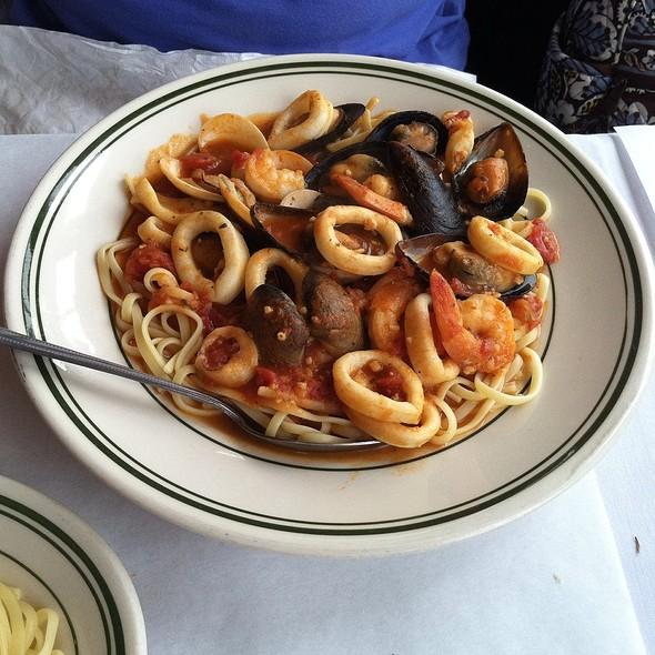 Fiesta Del Mare - La Bettola Italiano, Arlington, VA