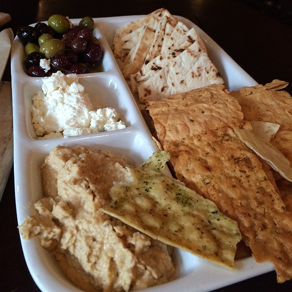 Mediterranean Plate - PARKVIEW KITCHEN AND SPIRITS, Cupertino, CA