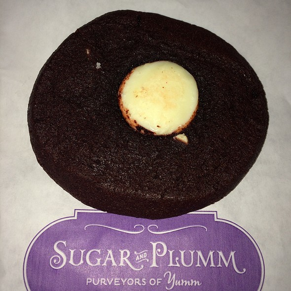 Red Velvet Cookie - Sugar and Plumm, New York, NY