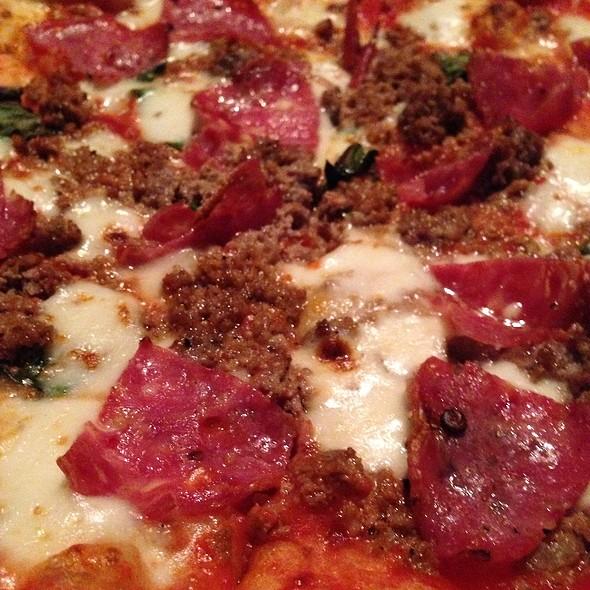 Castro Pizza - Sopressata, House Made Sausage, Tomato Sauce, Mozzarella, Basil - Zero Zero, San Francisco, CA