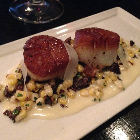 Pan Roasted Scalllops / Caramelized Mushrooms with Corn / Clam Truffle Cream - Circa 1918, Newport News, VA