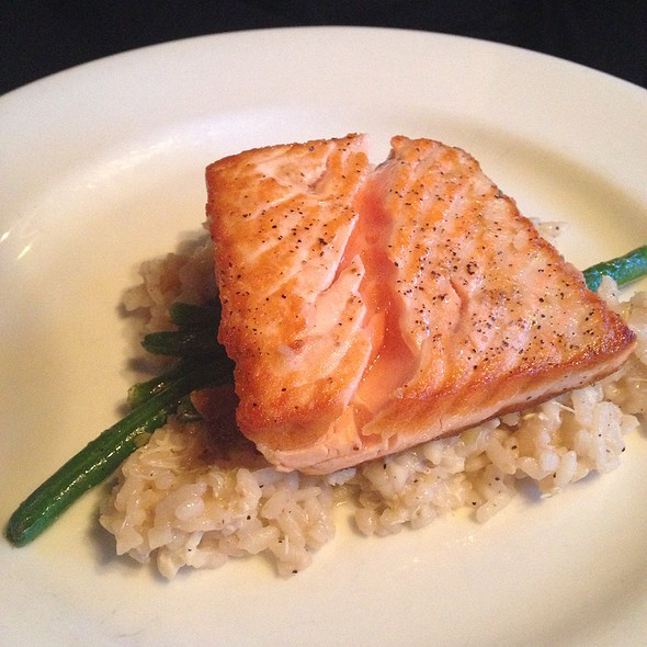 Salmon - Blue Point Grille, Cleveland, OH
