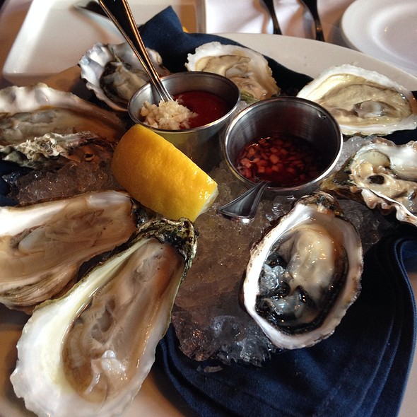 Oyster Sampler Platter - Blue Point Grille, Cleveland, OH