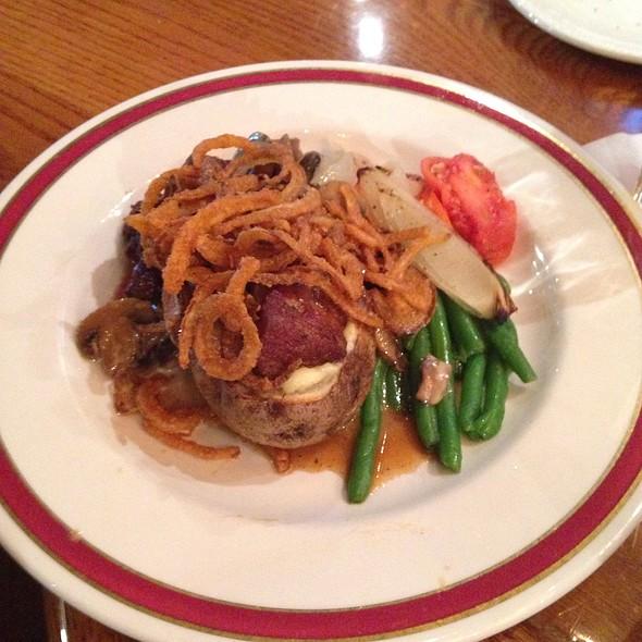 Beef Tips - Steve and Rocky's, Novi, MI