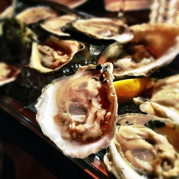 Oysters - Grinder, Montréal, QC