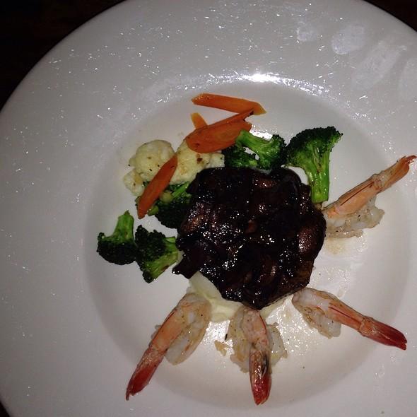Carne Asada And Grilled Shrimp - Cantina de San Patricio, Seattle, WA