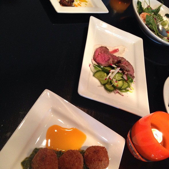 Tidbits - Bennett's Pure Food Bistro, Mercer Island, WA