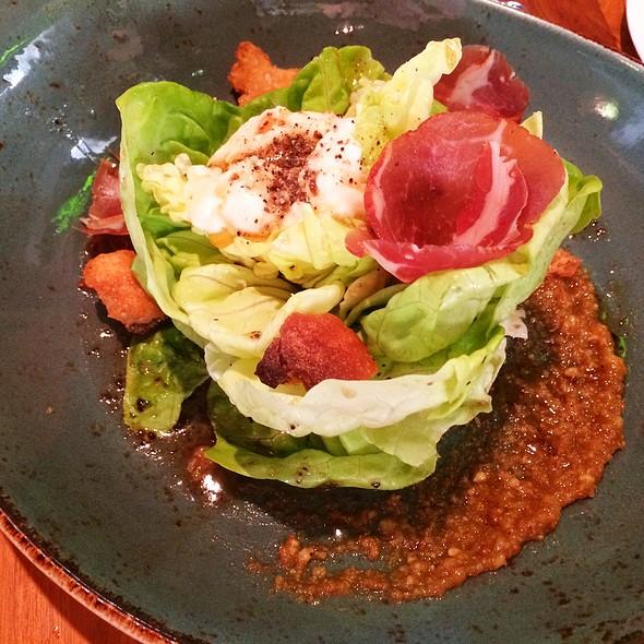 Butter Lettuce Salad - Brix, Napa, CA