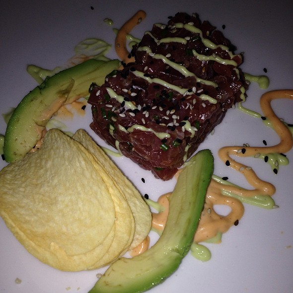 Tuna Tartar - Tir na nOg Irish Bar & Grill - MSG, New York, NY