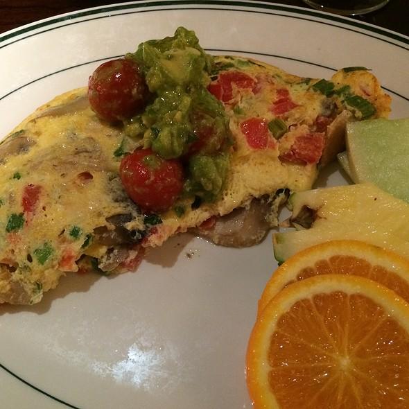 Omelette - Daily Grill - Burbank Marriott Hotel, Burbank, CA